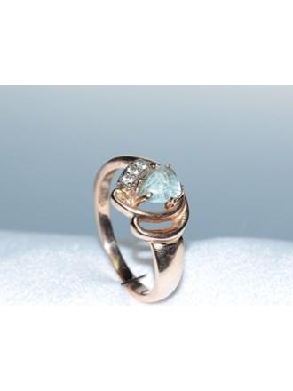 Кольцо Золото 585 Бриллианты, топазы