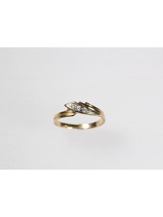 Кольцо с вставками Золото 585