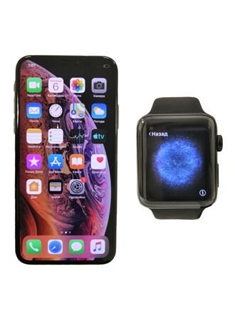 Часы Apple Watch Series 2  и смартфон Apple iPhone Xs 64GB.