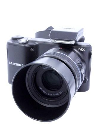 Фотоаппарат Samsung NX 2000