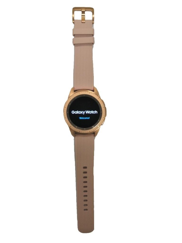 Часы Samsung Galaxy Watch (42 mm).