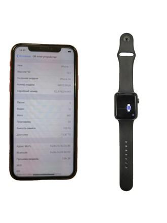 Часы Apple Watch Series 2 42mm Aluminum Case with Sport Band и Смартфон Apple iPhone Xr .