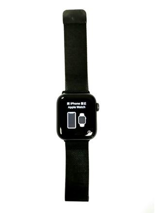 Часы Apple Watch Series 4 40mm.