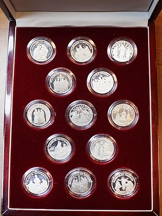 """Монеты 13 шт. Серебро 925"""""""