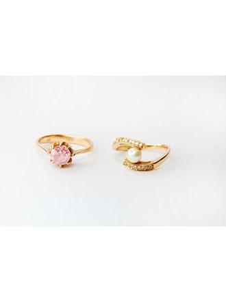 Ювелирные украшения с жемчугом и корундом  Золото 585