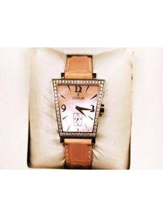 Часы Женские CORUM