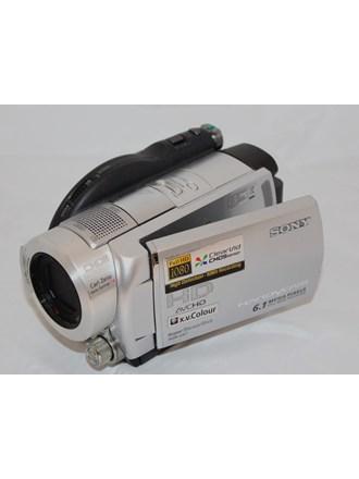 Видеокамера SONY HDR-UX7E