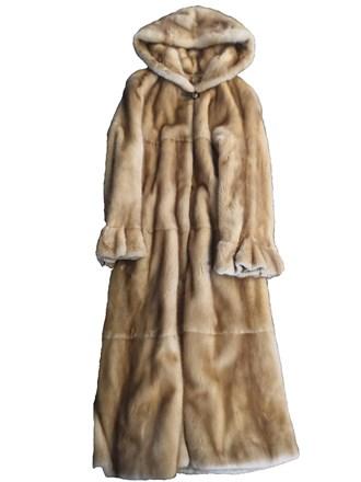 Пальто женское из меха норки с капюшоном