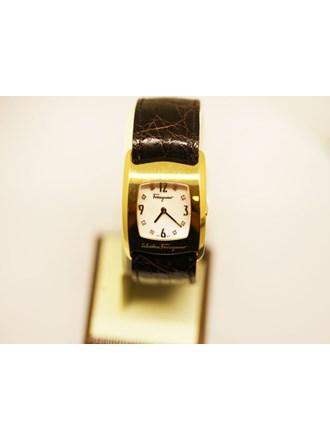 Часы Женские SALVATORE FERRAGAMO 2 шт Золото 750
