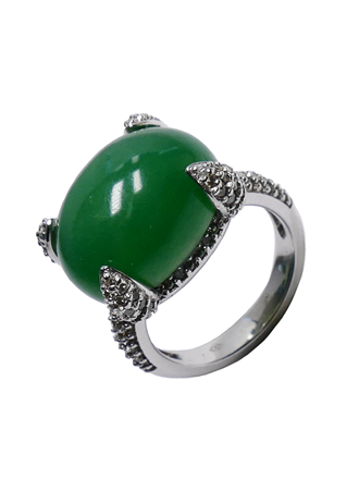 Кольцо с бриллиантами и нефритом