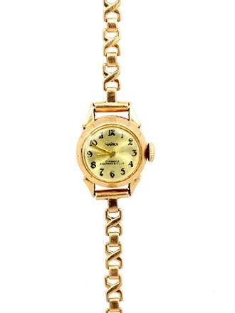 Часы Чайка