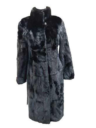 Пальто женское из меха норки с поясом.
