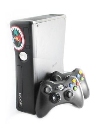 Игровая консоль X-BOX