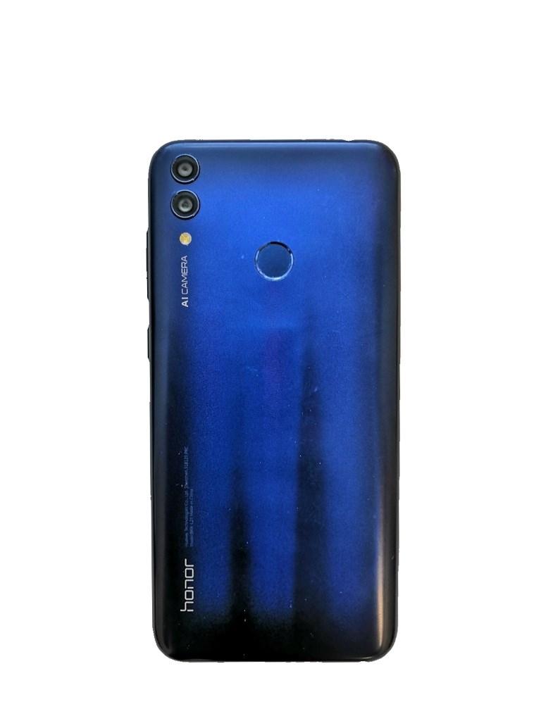 Смартфон Honor 8C.