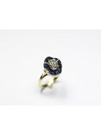 Кольцо бриллиант сапфиры