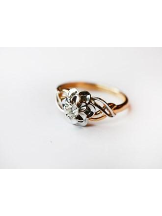 Кольцо с бриллиантом золото 585