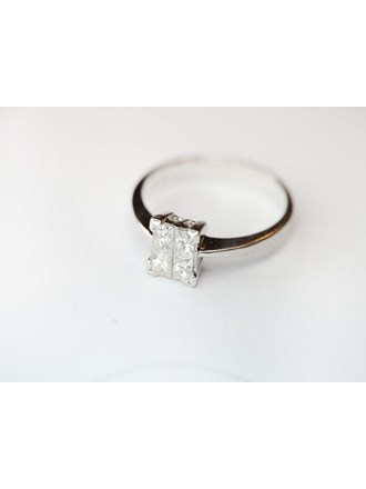 Кольцо с бриллиантами Золото 750