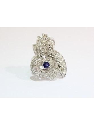 Кольцо с бриллиантами и сапфиром. Золото 750