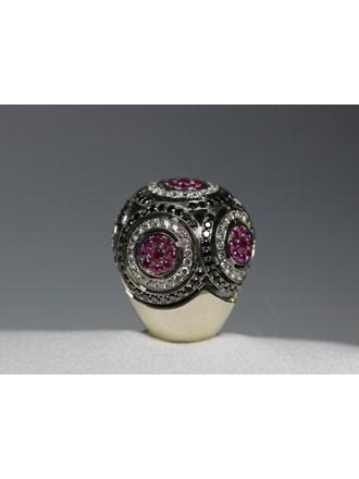 Кольцо Золото 585 Бриллианты,рубины